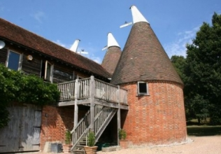 Oast house holiday cottages