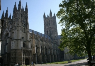 Canterbury holiday cottages