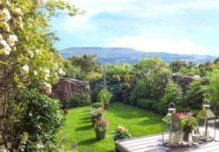 Enclosed Garden Holiday Cottages