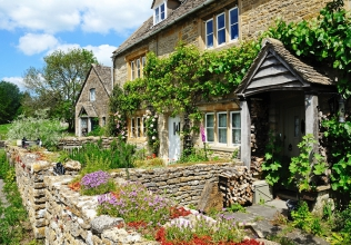 Cotswolds holiday cottages