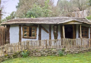 Log cabin holiday cottages