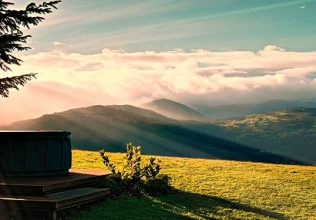 Snowdonia holiday cottages with a hot tub